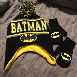 Batman Hat & Mitten Set